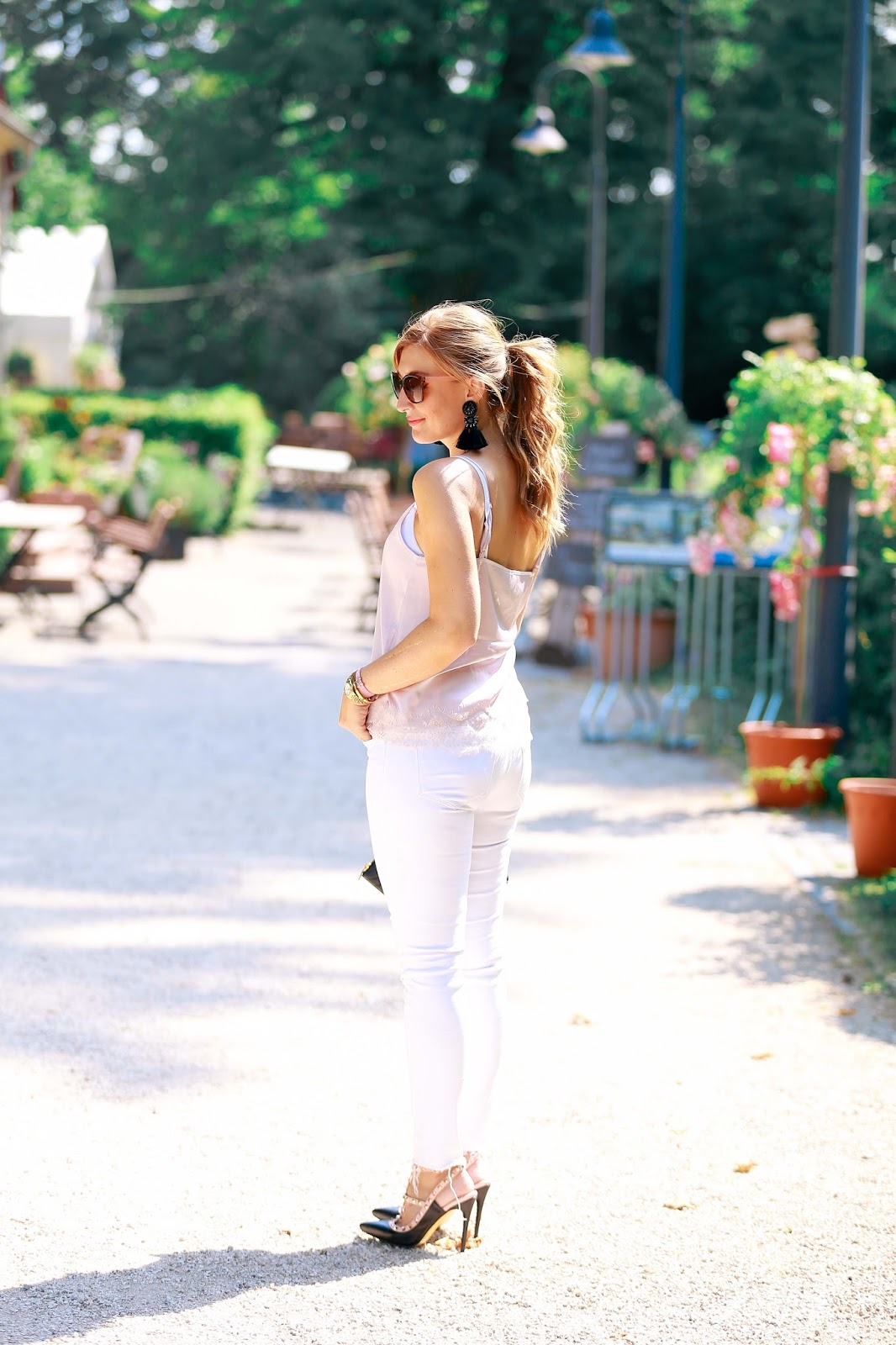 Fashionblogger-aus-deutschland-fashionstylebyjohanna-bloggerin-aus-frankfurt-deutsche-blogger