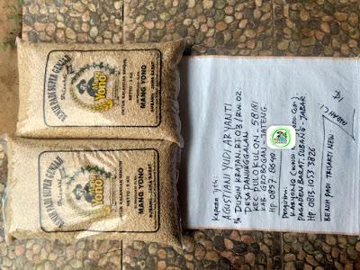 Benih padi yang dibeli   AGUSTIANI Grobogan, Jateng.   (Sebelum packing karung).