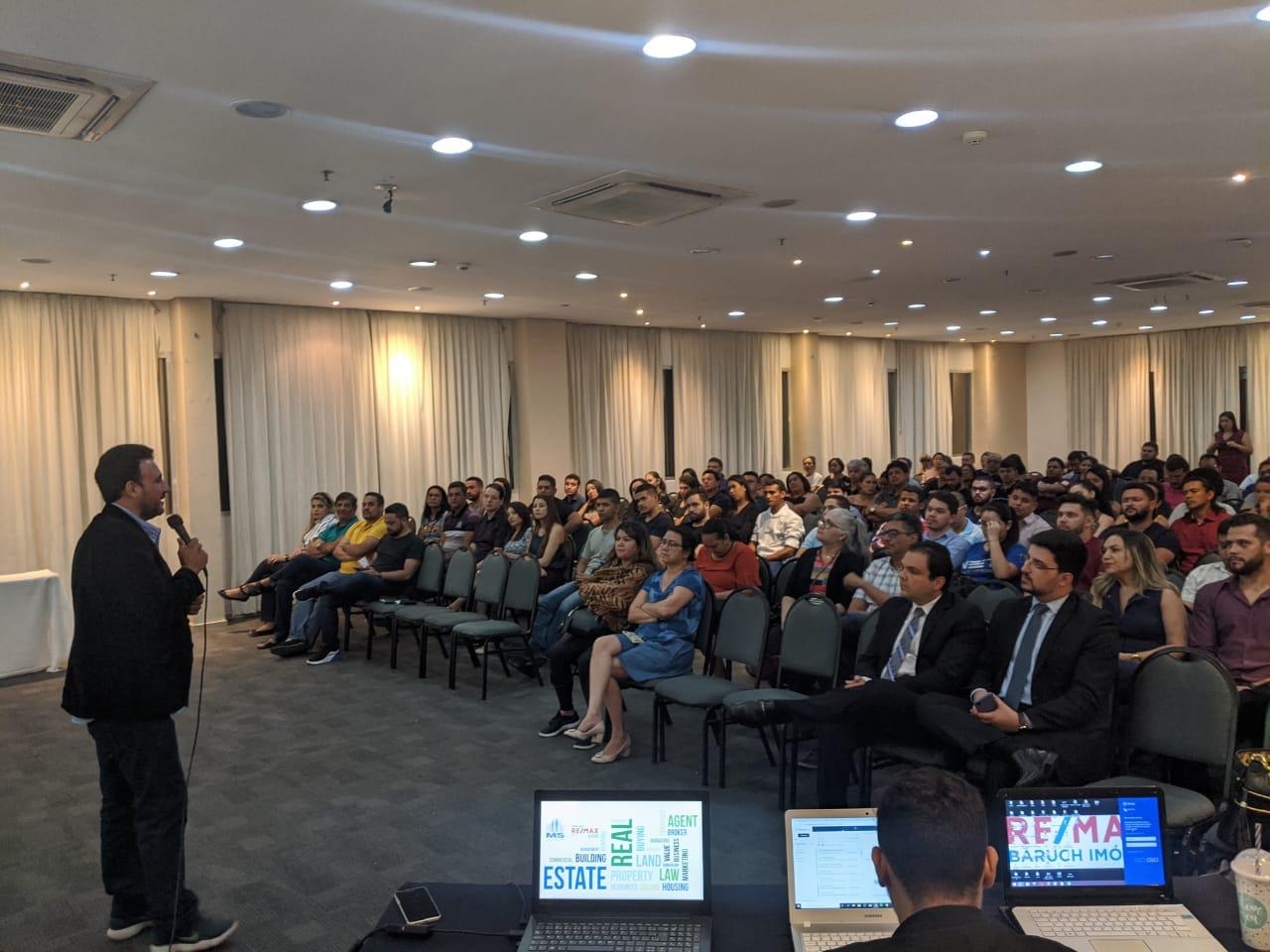 Santarém recebe evento gratuito para quem quer morar, investir e estudar na Flórida