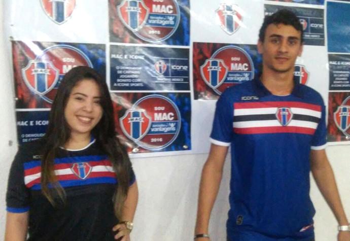 Uniformes azul e preto foram apresentados pelo Maranhão (Foto  Divulgação    Maranhão Atlético Clube) 8221cdc47656d