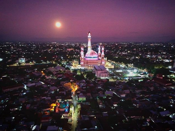 Halal Tourist Places in Indonesia During Ramadan