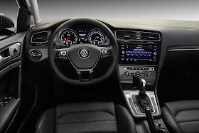 VW Golf 2019 Highline 250 TSI Automático