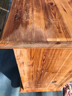 plateau de bois vieilli au bicarbonate
