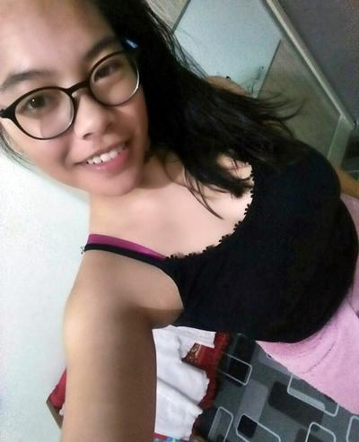 Foto Narsis bugil Selfie Pamer Toket