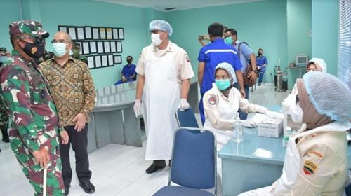 Motivasi Warga Kawasan Industri, Pangdam I/BB Tinjau Pelaksanaan Vaksinasi Gotong Royong untuk Karyawan