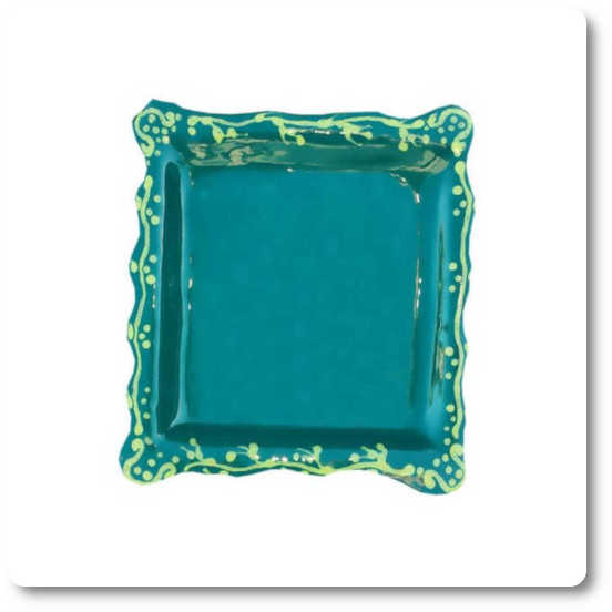 Green decorative plate to hang