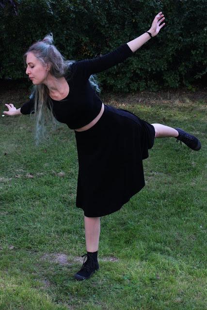 ootd: Lady in Black