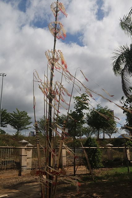 Nét đẹp cây nêu của người Rơ Măm làng Le, xã Mô Rai, huyện Sa Thầy