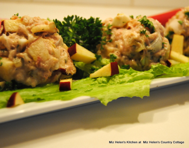 Nana's Tuna Salad at Miz Helen's Country Cottage