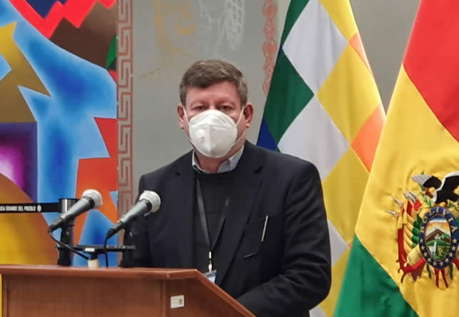 Gobierno califica de demagogia electoral la promulgación de la Ley del Bono Contra el Hambre