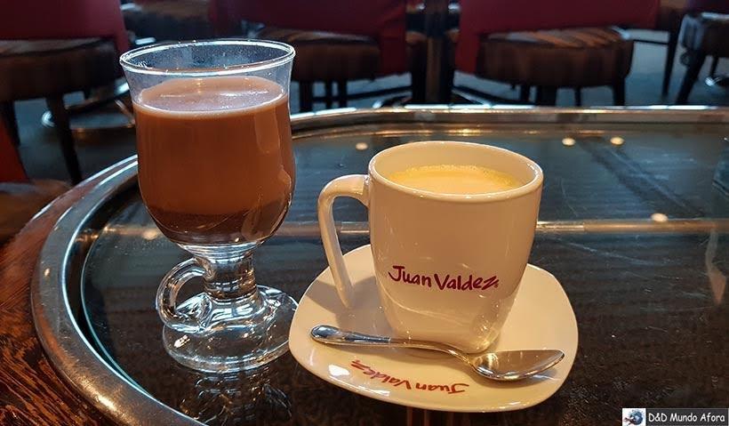 Cafés no navio - Cruzeiros marítimos: tudo sobre viagem de navio