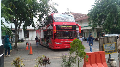 Berkeliling Semarang Gratis Naik Bus Tingkat Si Kenang