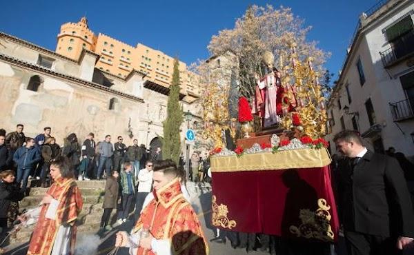 El sábado sale San Cecilio por las calles del barrio del Realejo
