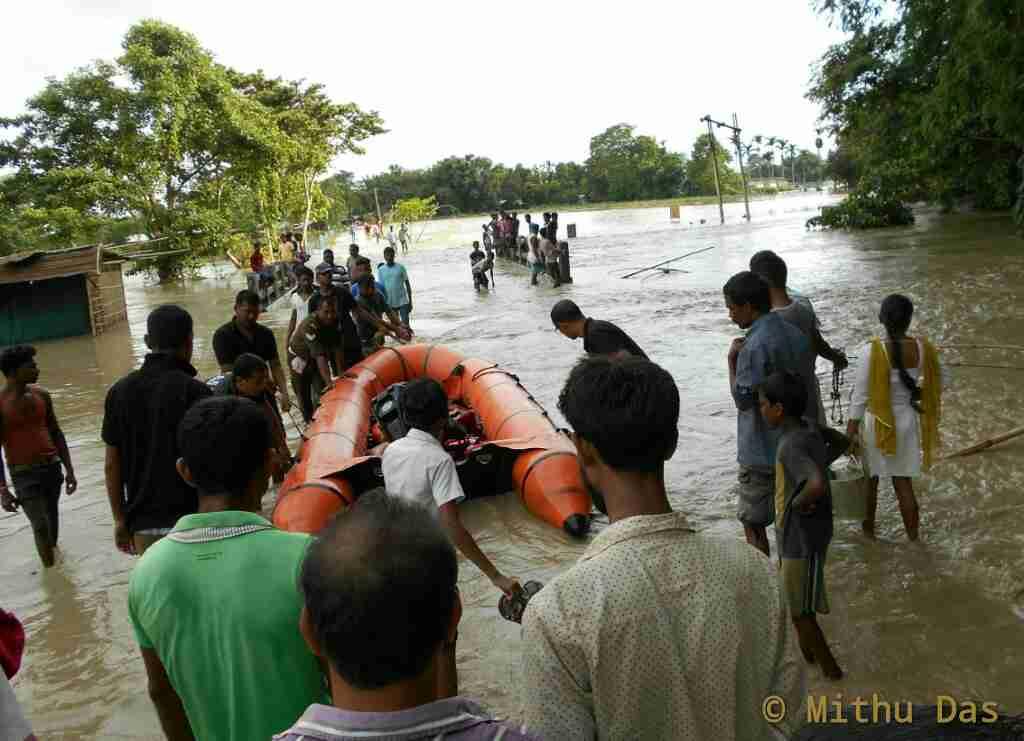 Rescue team at work, Kathkotia, Golaghaty