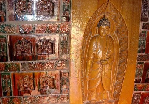 เจดีย์เหล็ก (Iron Pagoda: 鐵塔)