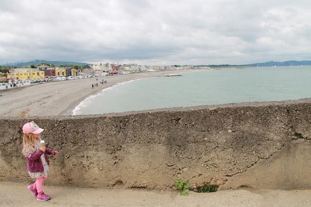 Cliff Walk ja Brayn merenranta