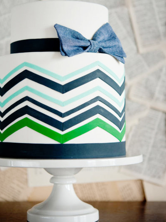 navy blue + green birthday cake