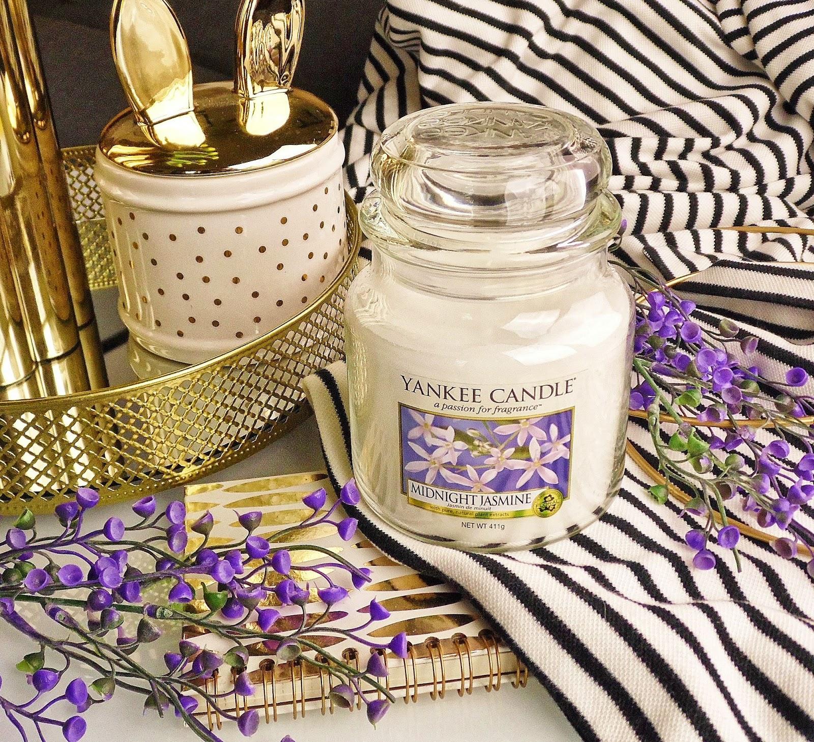 Wirusowi się nie dajemy i świece kupujemy -recenzja Midnight Jasmine od Yankee Candle