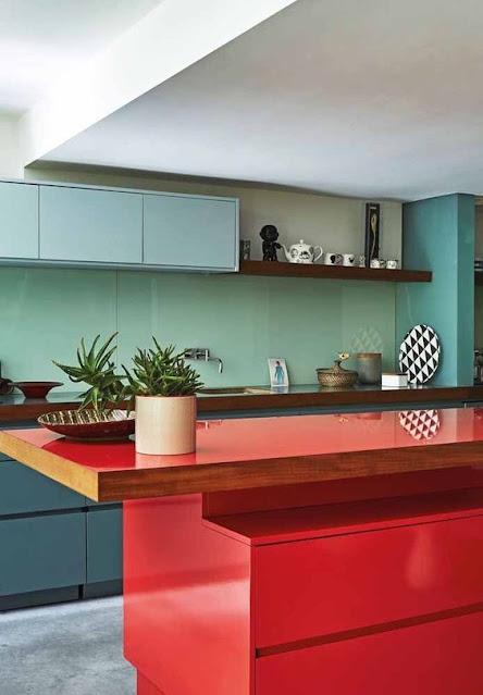 cozinha-azul-e-vermelho