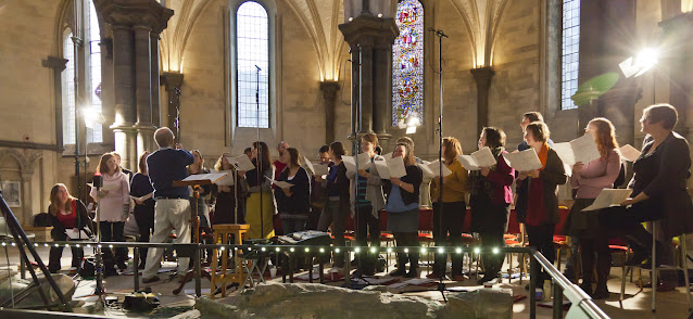 John Rutter and the Cambridge Singers (Photo Nick Rutter)