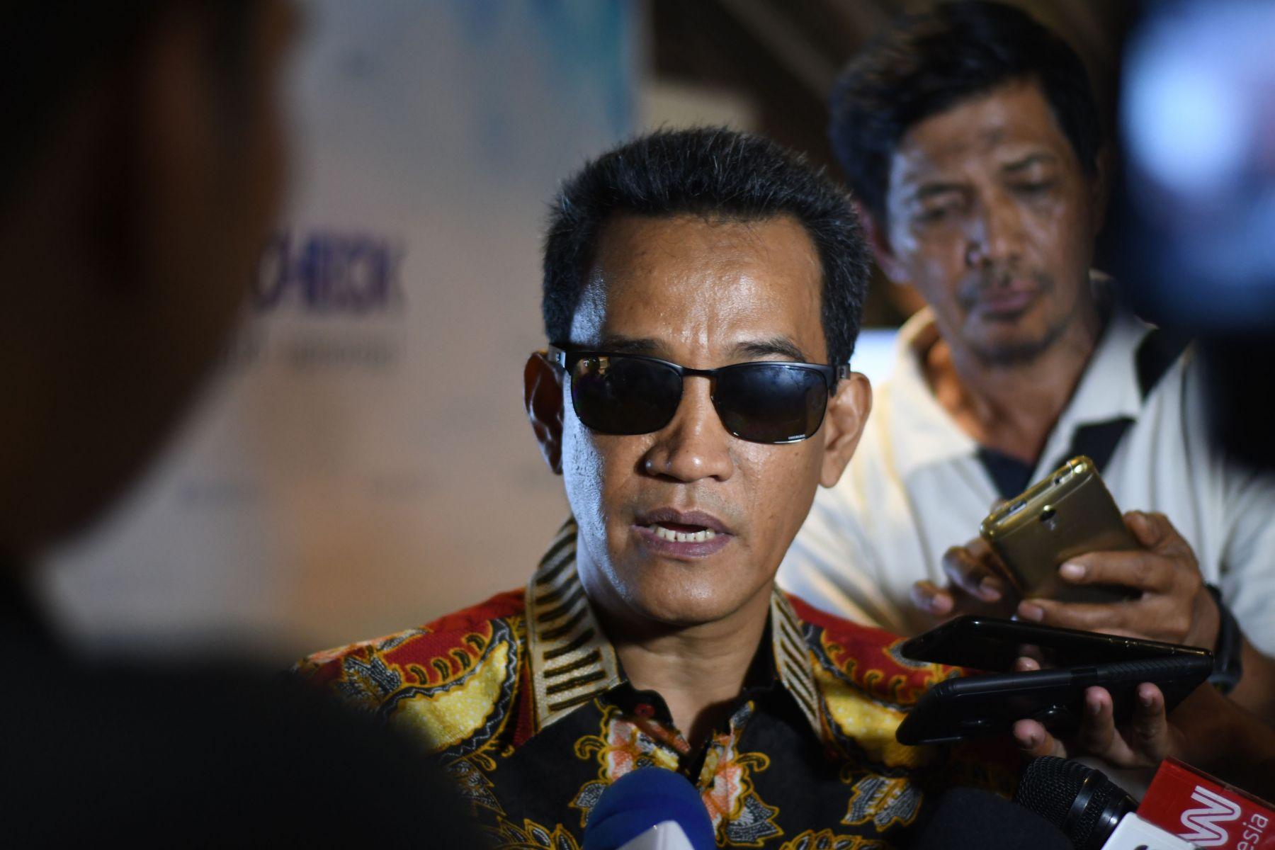 Soal Jokowi Kembali Bikin Kerumunan, Refly Harun: Jokowi Mestinya Mendapatkan Sanksi Lebih Berat dari HRS