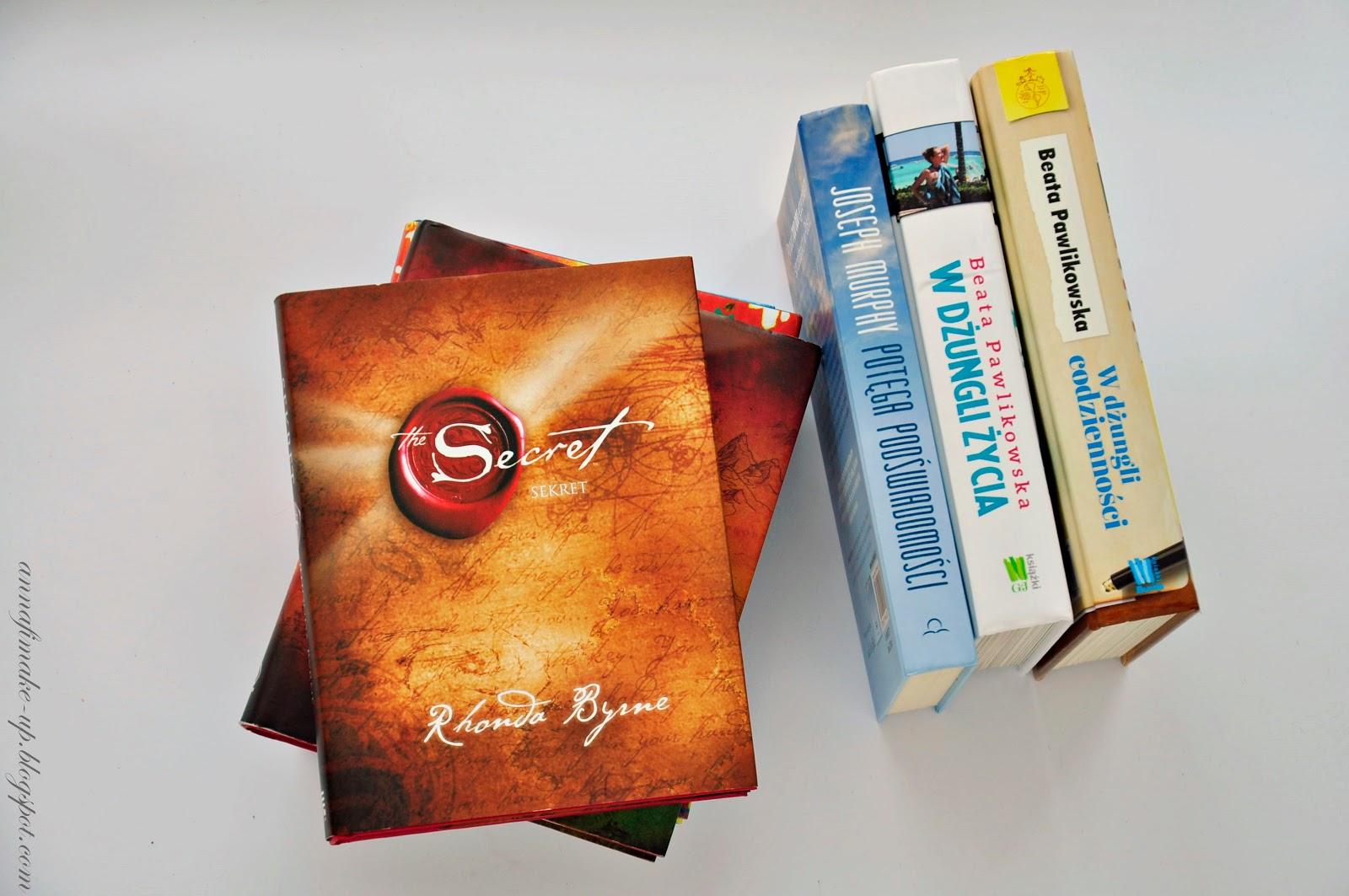 ksiązki motywujące, fajne ksiązki, rhonda byrne,