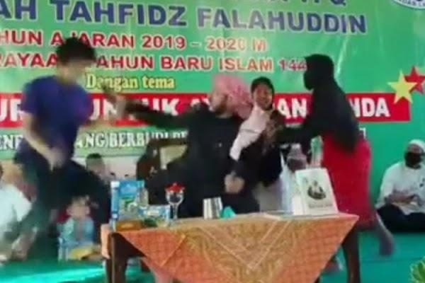 Pelaku Penusukan Syekh Ali Jaber Tak Waras? Warganet Temukan Kejanggalan