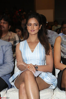 Shanvi Looks super cute in Small Mini Dress at IIFA Utsavam Awards press meet 27th March 2017 82.JPG
