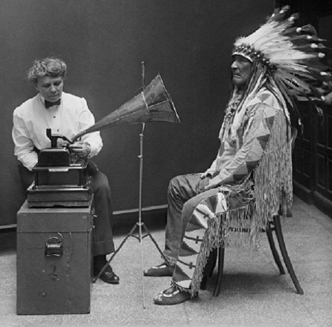 La recolectora de voces indígenas