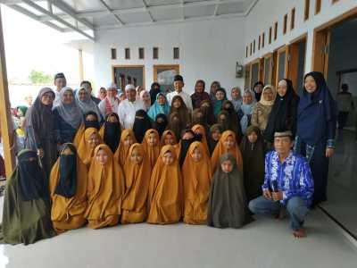 Imaamul Muslimin Resmikan Gedung Asrama Putri Tahfidz Nurul Bayan Majalengka