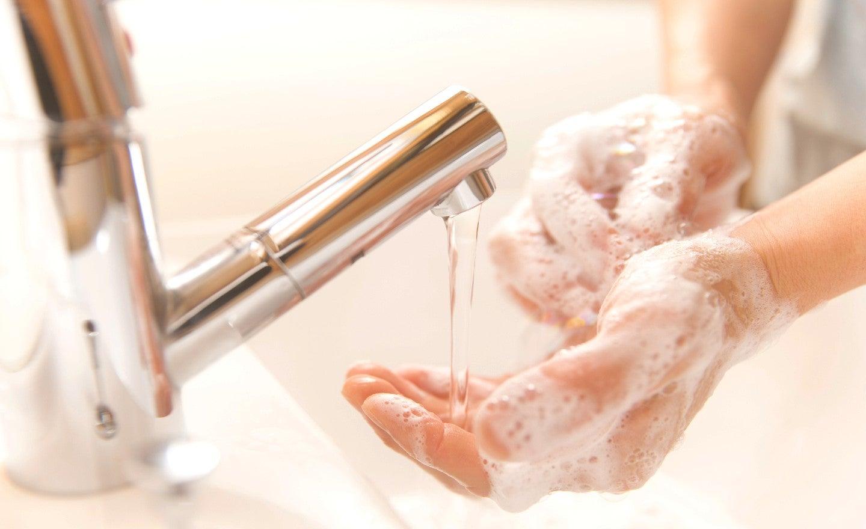 Survei Sebelum Corona: Hampir Separuh Warga Eropa Tidak Cuci Tangan Setelah Buang Air