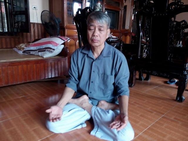Ông Nguyễn Ngọc Mỹ kiên trì ngồi thiền trường sinh học mỗi ngày