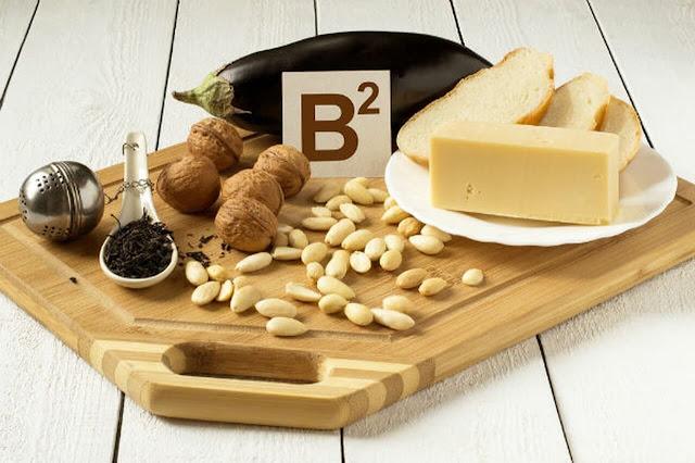 وظائف وفوائد فيتامين B2 - المصادر الغذائية ، نقصه وسميته