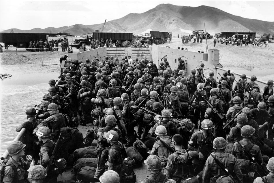 Résultats de recherche d'images pour «The Gioi Trong Chien Tranh Viet Nam»