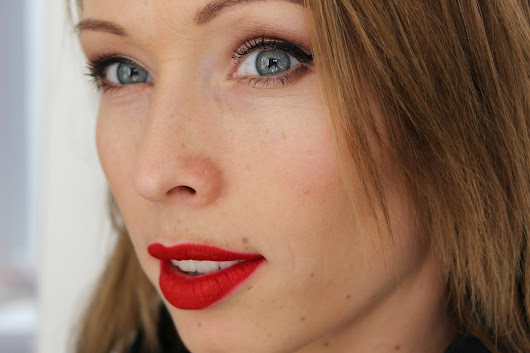[ Make-up ] Millebaci red lips