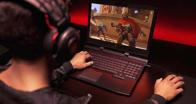 Hướng dẫn sinh viên nâng cấp laptop chơi game tiết kiệm.