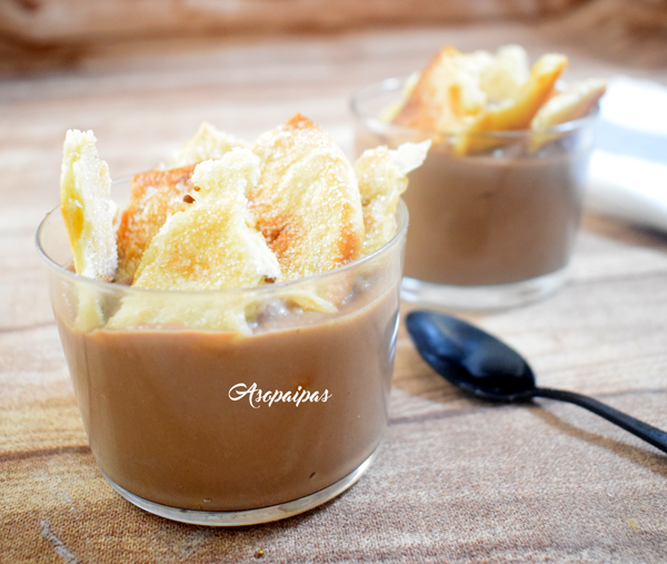 Natillas de Chocolate con Tortas de Inés Rosales. Vídeo Receta