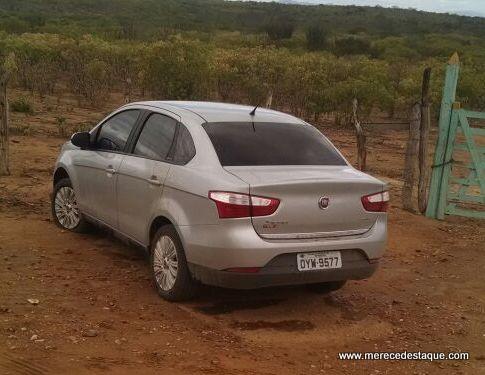 Carro que pode ter sido usado por elementos que trocaram tiros com policiais em Brejo é encontrado