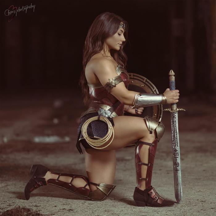 brigitte goudz sexy wonder woman cosplay 04