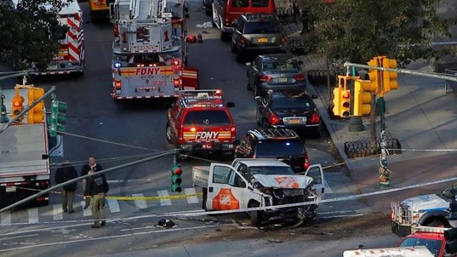 τρομοκρατικη επιθεση Hd: ΜΑΝΧΑΤΑΝ: 8 ΝΕΚΡΟΙ ΚΑΙ 12 ΤΡΑΥΜΑΤΙΕΣ ΑΠΟ ΤΡΟΜΟΚΡΑΤΙΚΗ