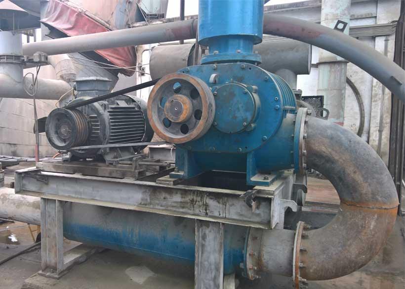 Sửa máy thổi khí - NM Xi măng Yên Bình
