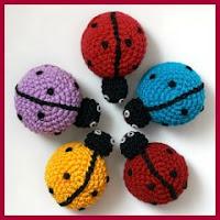 Mini mariquitas a crochet