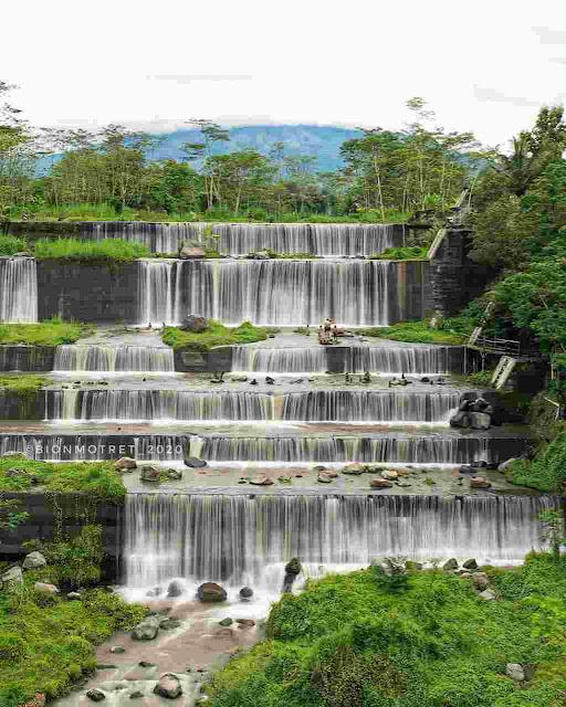 Grojogan Watu Purbo: Lokasi, Rute, dan Harga Tiket Masuk