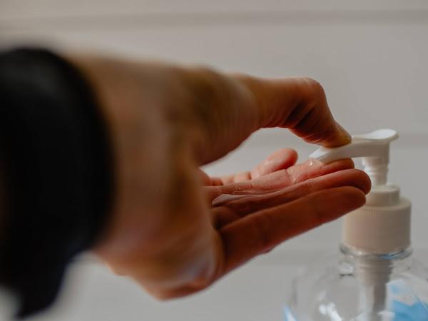 Tips on applying hand sanitizer