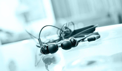 In Ear Monitors (IEM) : Tips Memilih Earphone