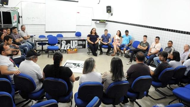 Educação e política são temas centrais durante encontro promovido pela Unidade Popular, em Patos