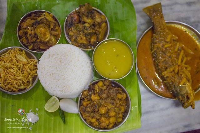 Authentic Bengali Lunch in Kolkata