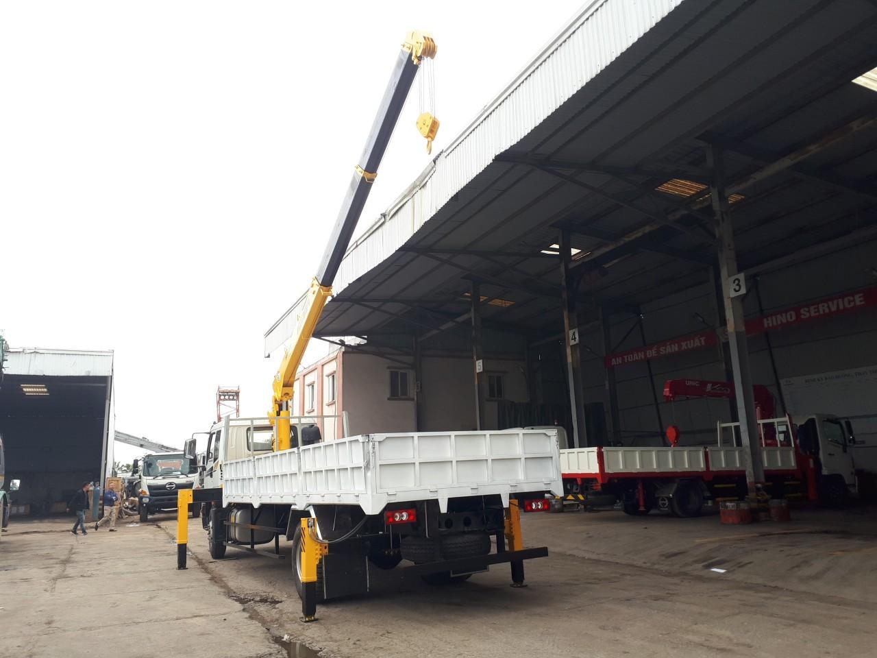 Thùng xe tải có cẩu tại Hải Phòng