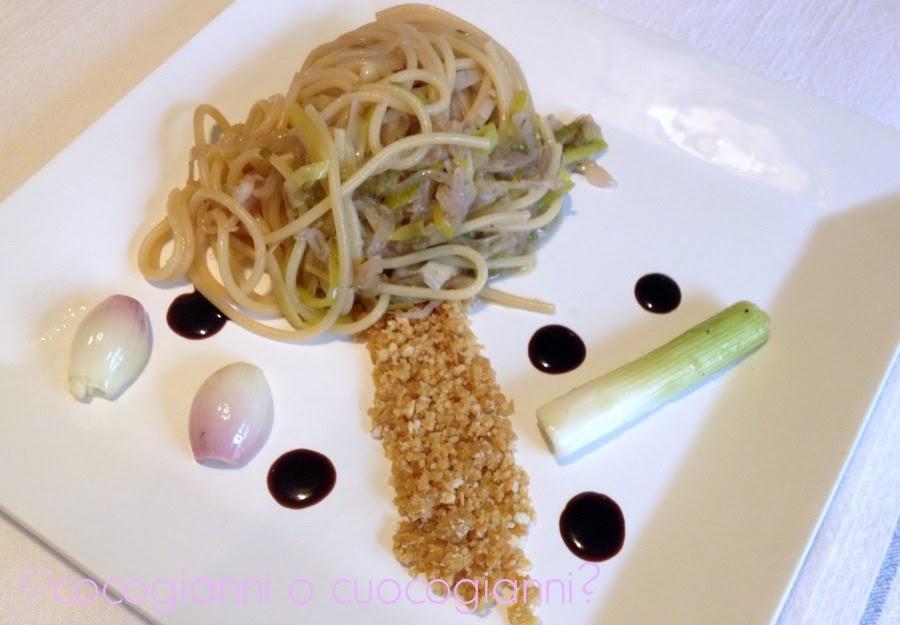 Spaghetti con aglio scalogno cipolla cipollotto e porro for Aglio porro