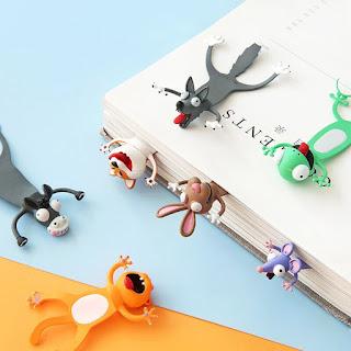 gambar pembatas buku hewan dan karakter